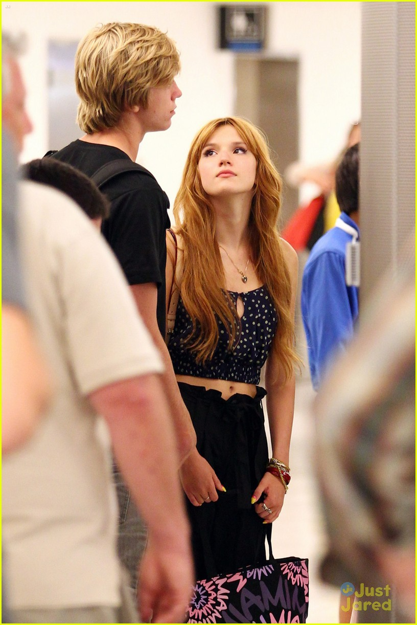 bella thorne miami landing 03