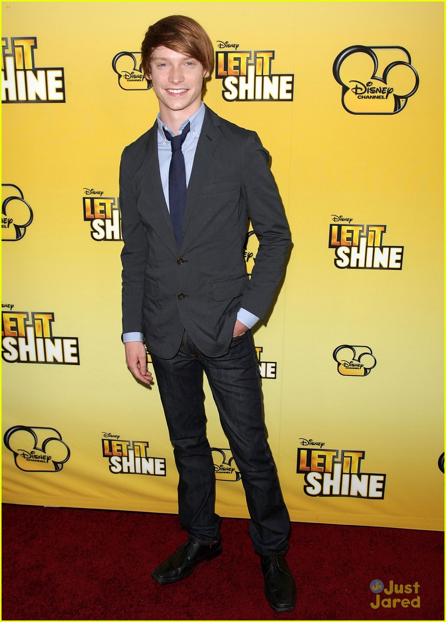 cody simpson calum worthy let shine 02
