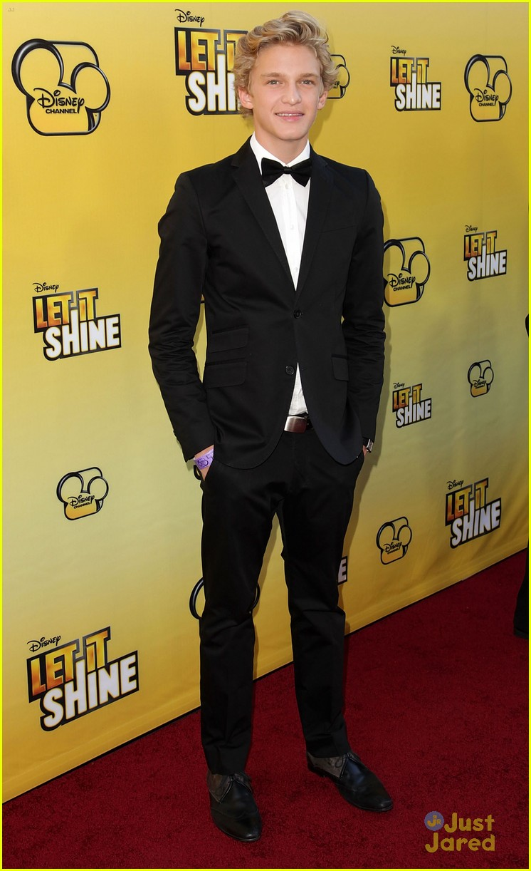 cody simpson calum worthy let shine 14