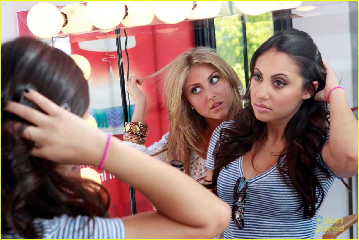 ashley tisdale colgate optic beauty bar 10