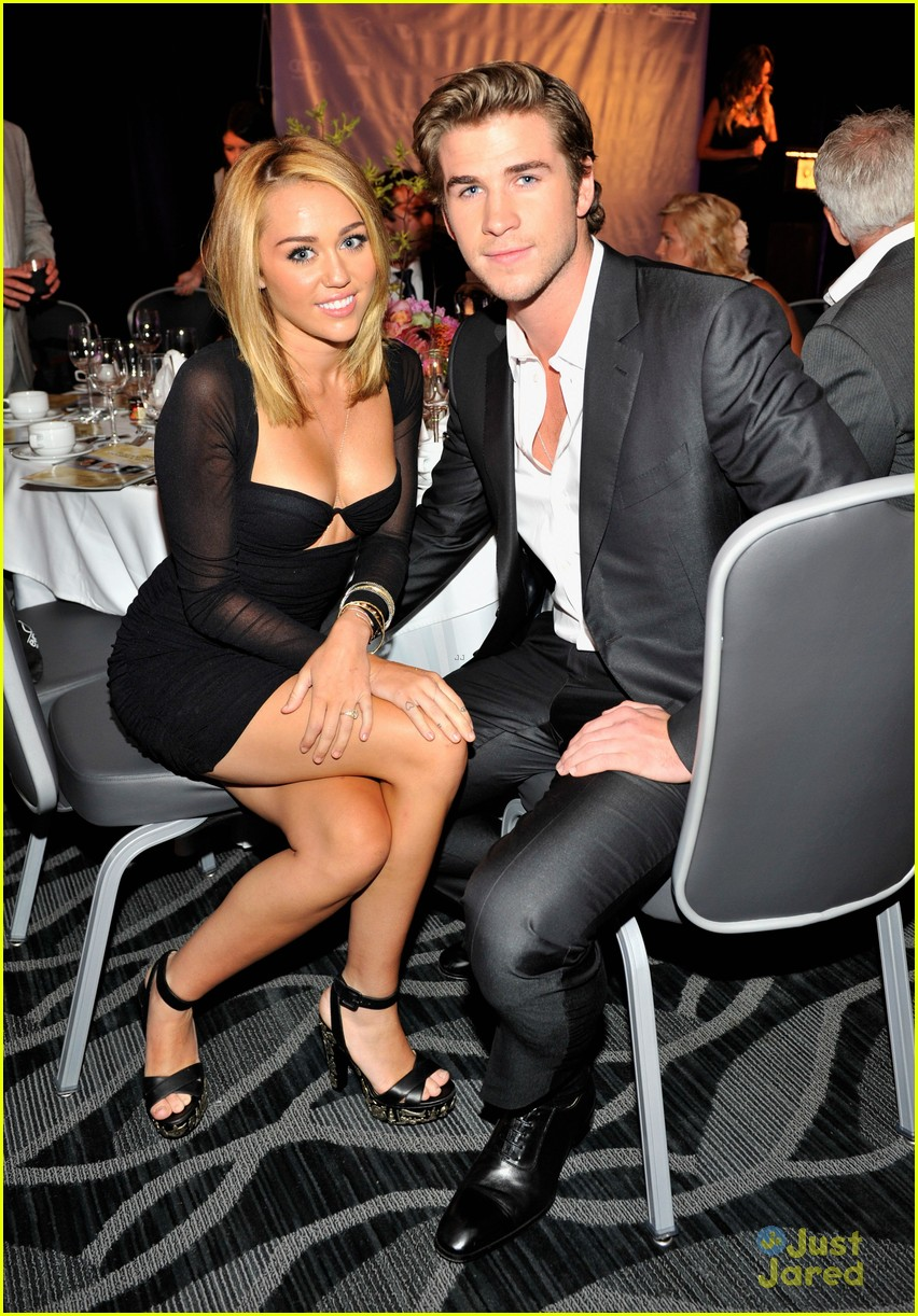 miley cyrus liam hemsworth australians in film awards 11