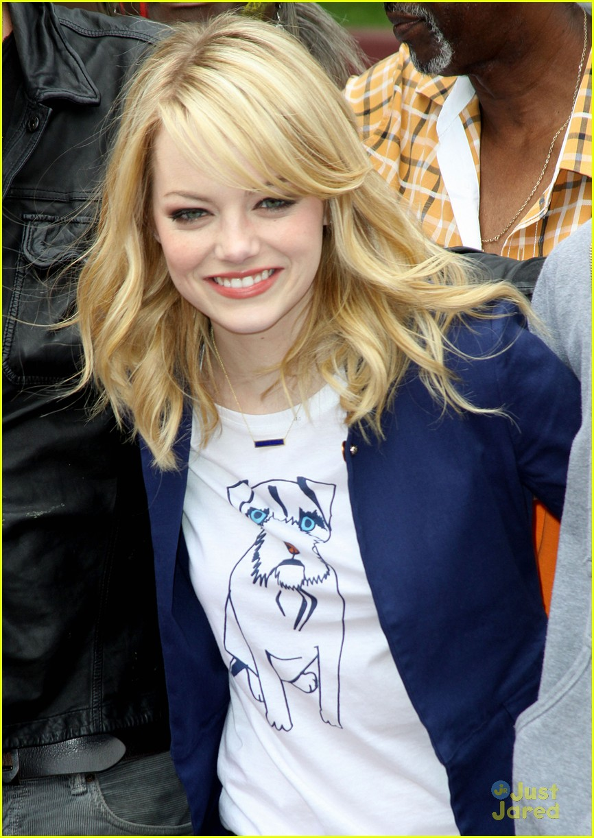 emma stone andrew garfield blue glasses 10