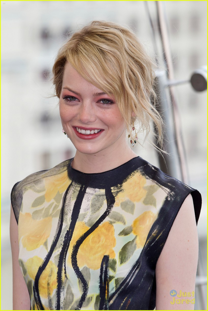 emma stone spiderman moscow 11