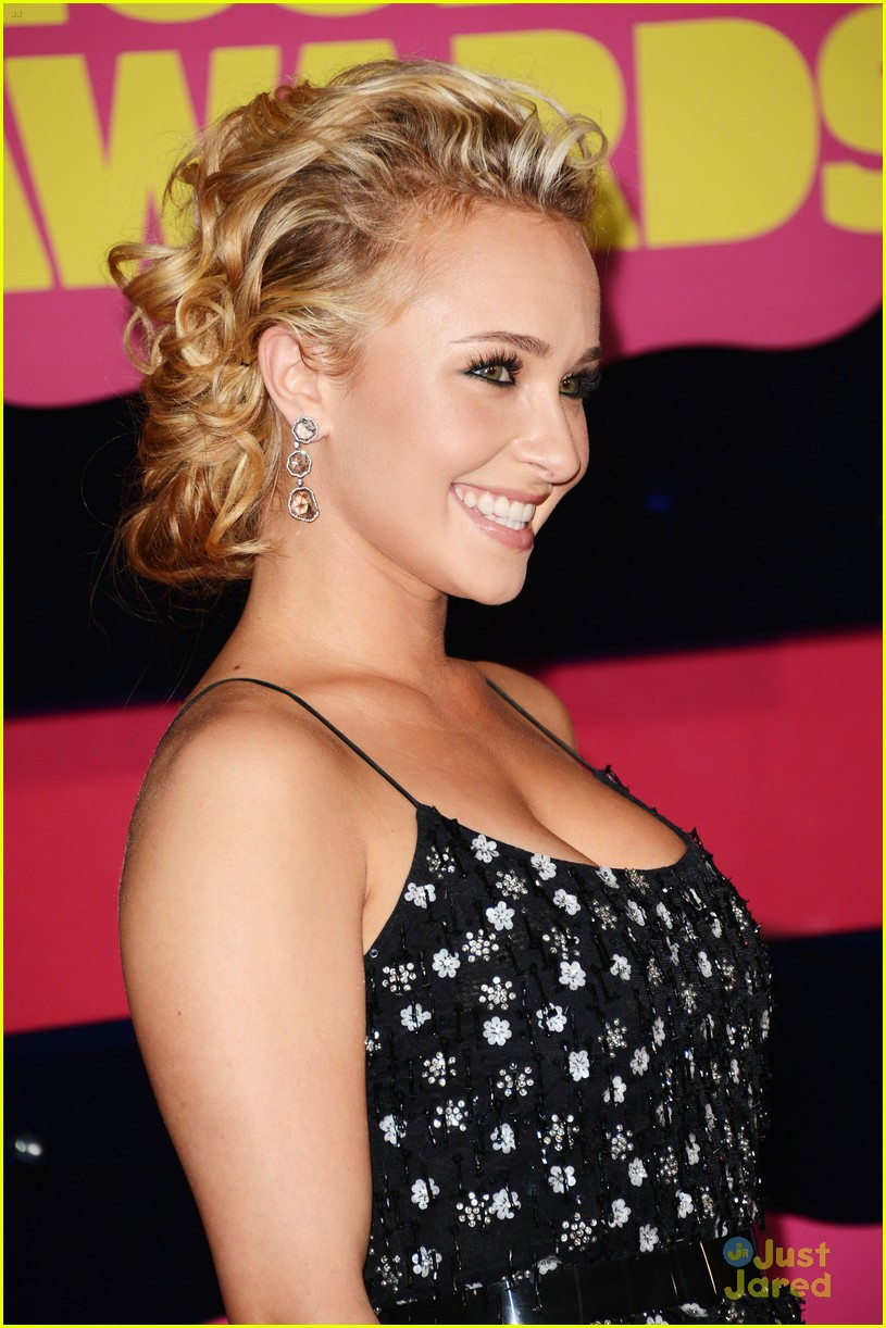 hayden panettiere cmt awards 01
