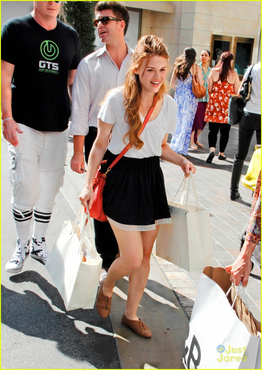 holland roden grove shopper 05