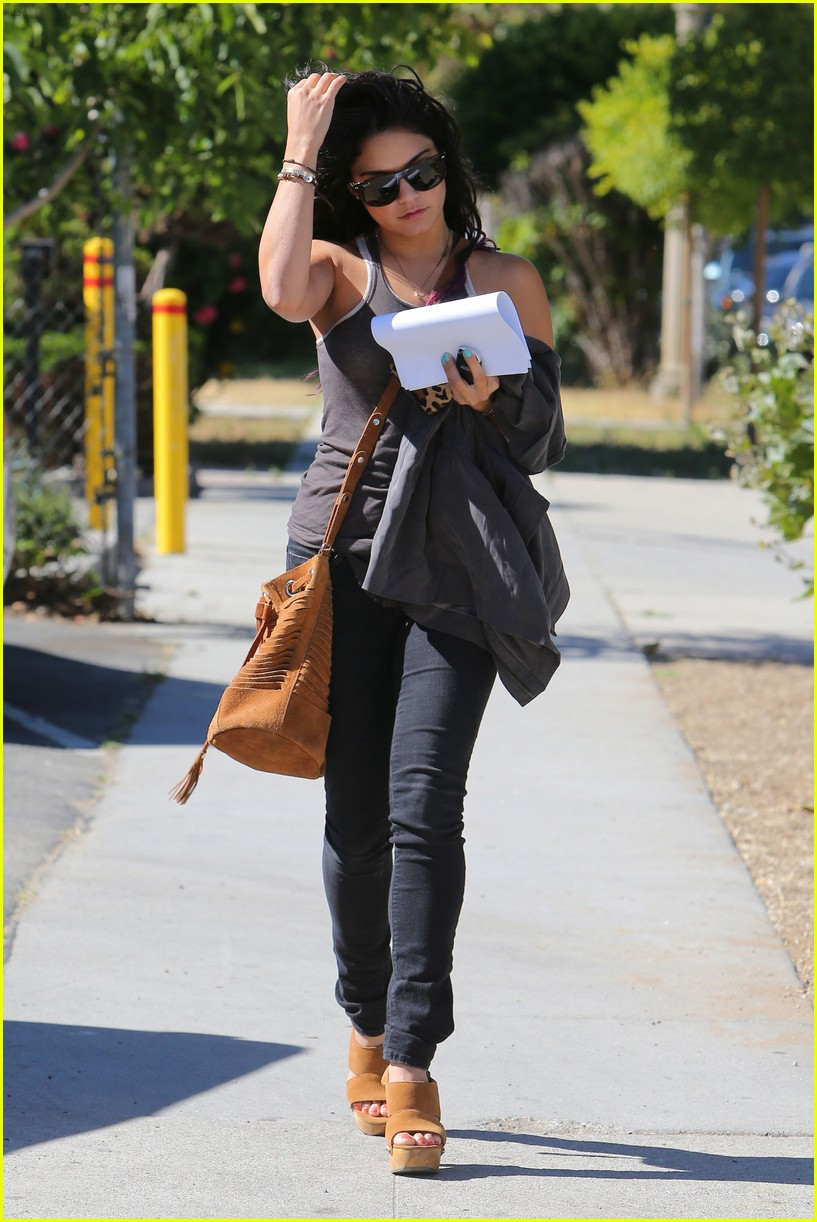hudgens sunglasses 16