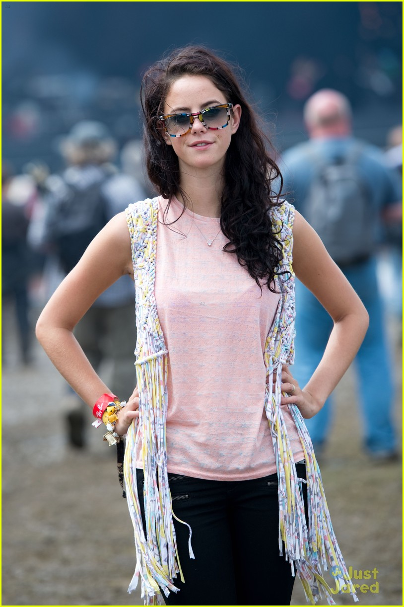 kaya scodelario isle wight fest 03