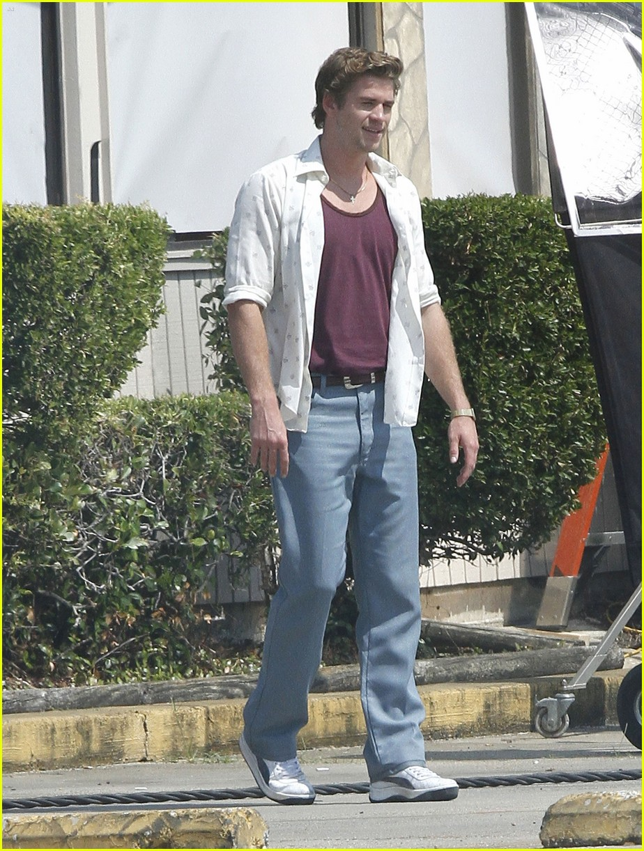 liam hemsworth empire state set 03