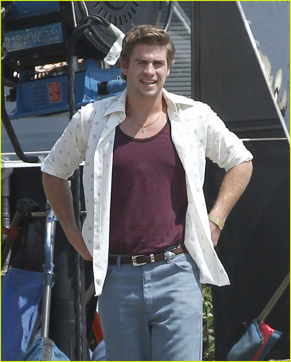 liam hemsworth empire state set 07