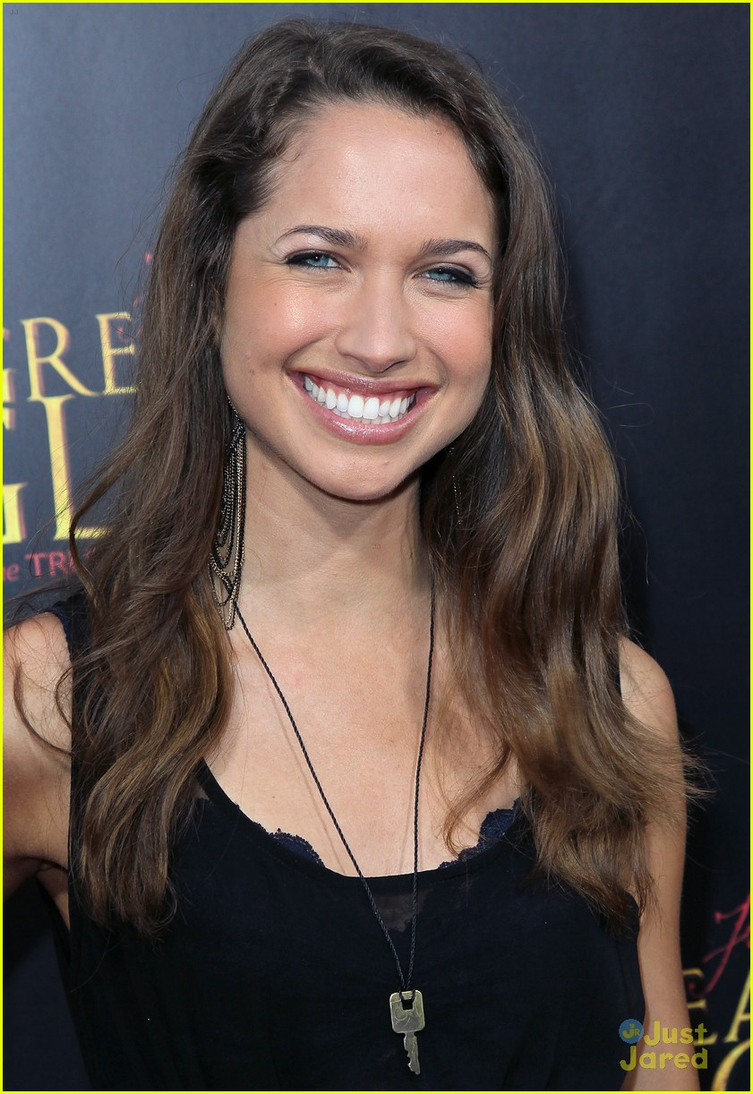 maiara walsh greater glory 07