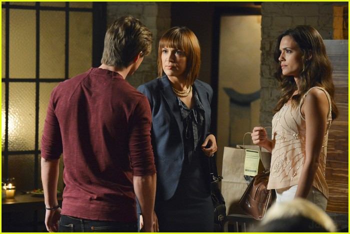 pll birds feather stills 09