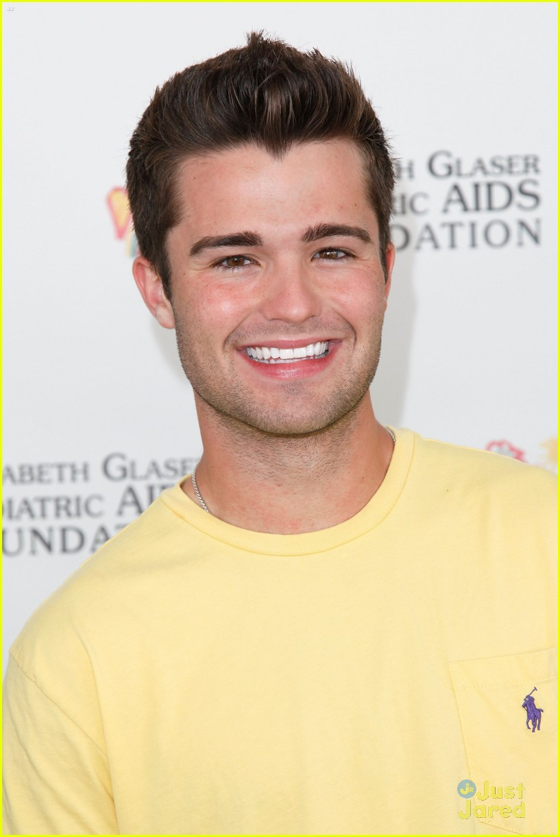 spencer boldman skai jackson heroes 03