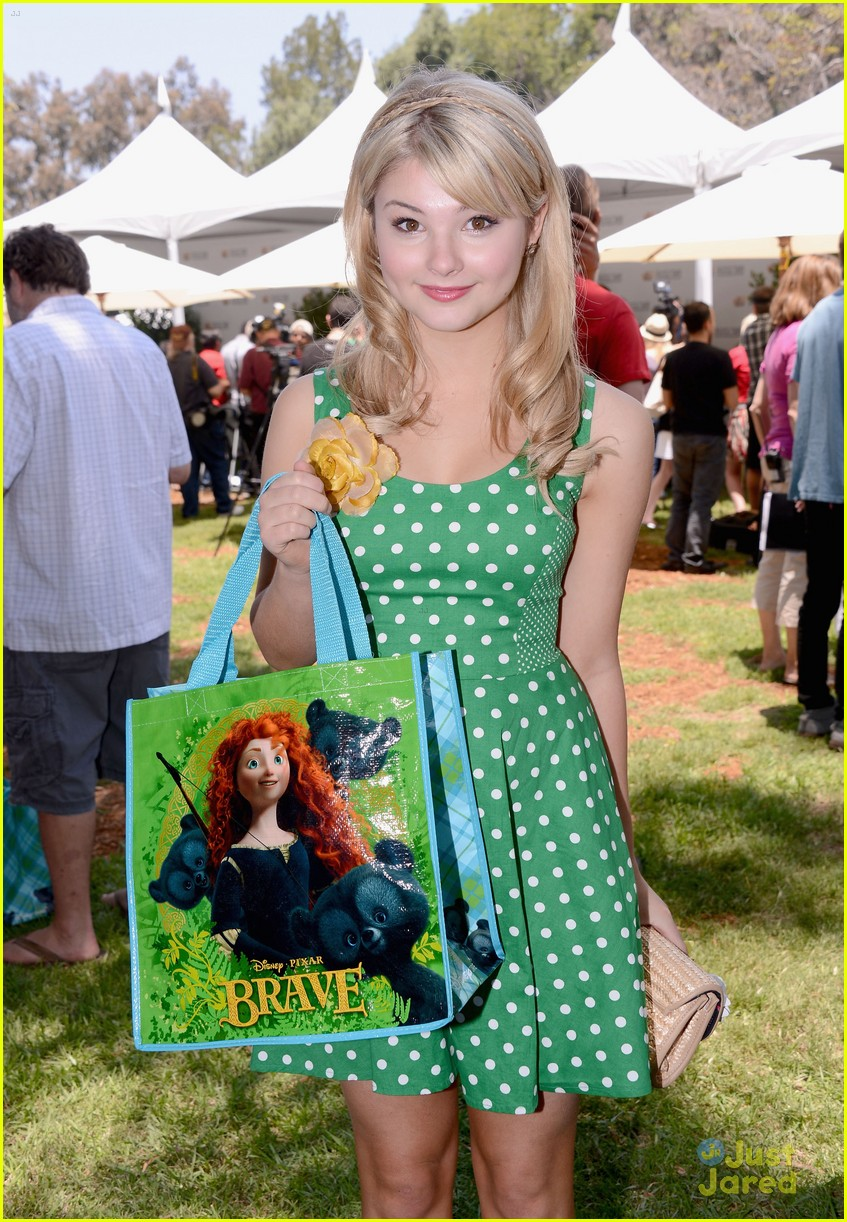 stefanie scott peyton list heroes picnic 06