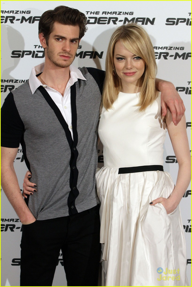 emma stone andrew garfield rome spiderman 14