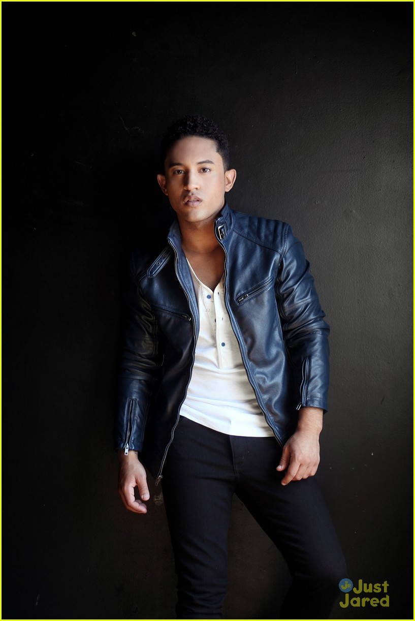 tahj mowry jjj portrait session 10