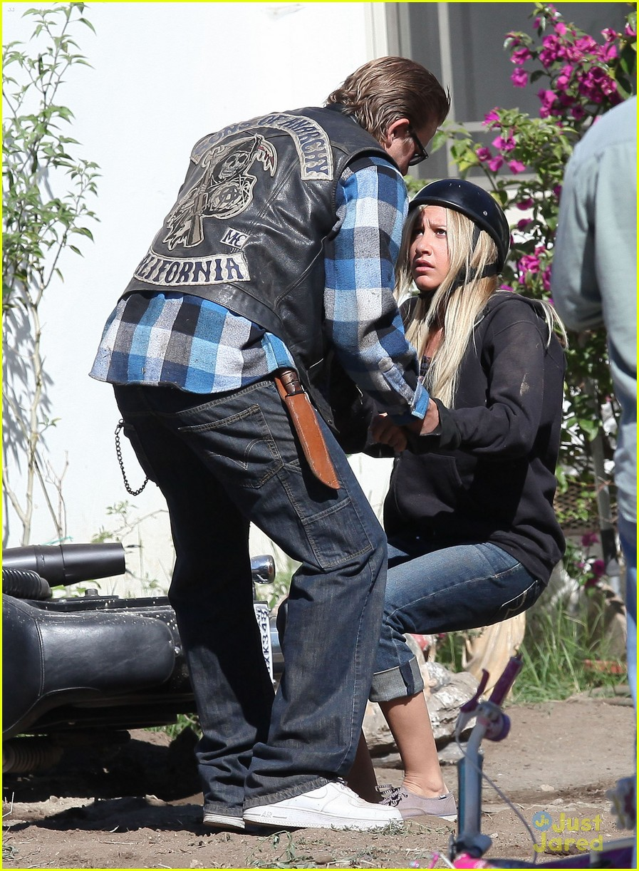ashley tisdale soa cycle 03