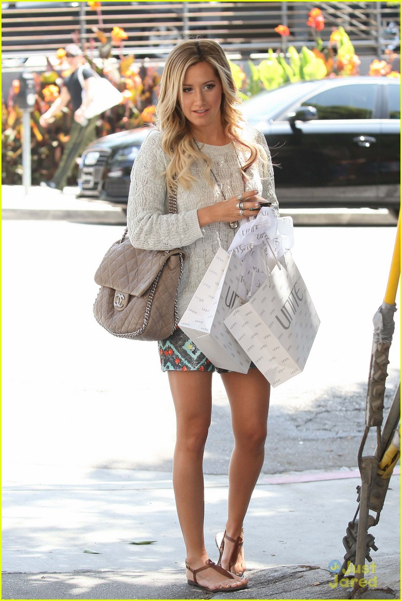 ashley tisdale unite shopper 04