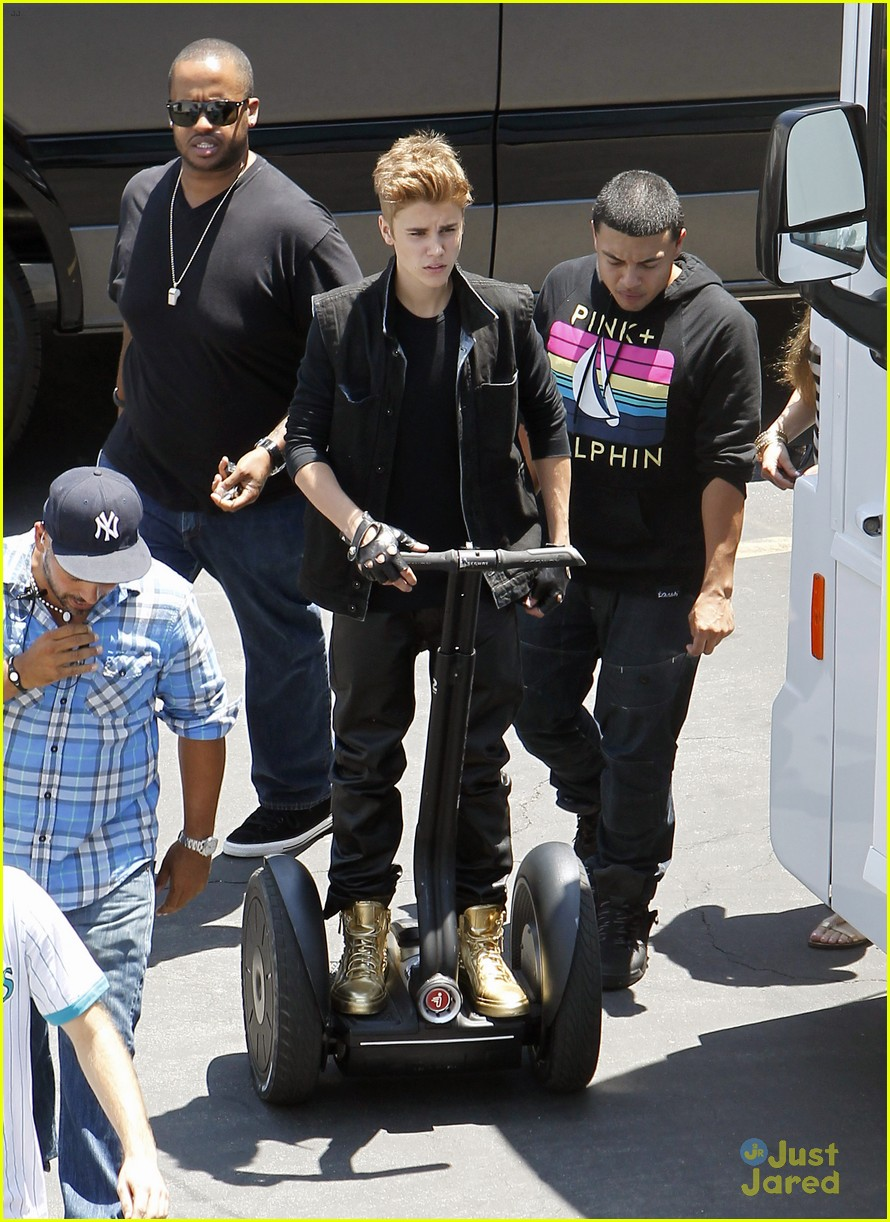 bieber music video 06