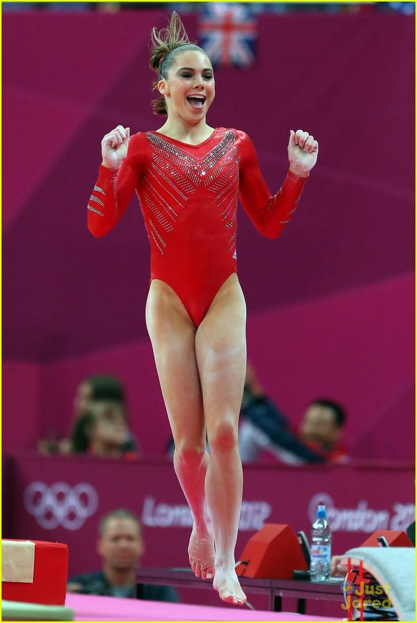 Winwin gymnastics - U S Women S Gymnastics Team Win Gold Photo 485487 Photo Gallery Just Jared Jr