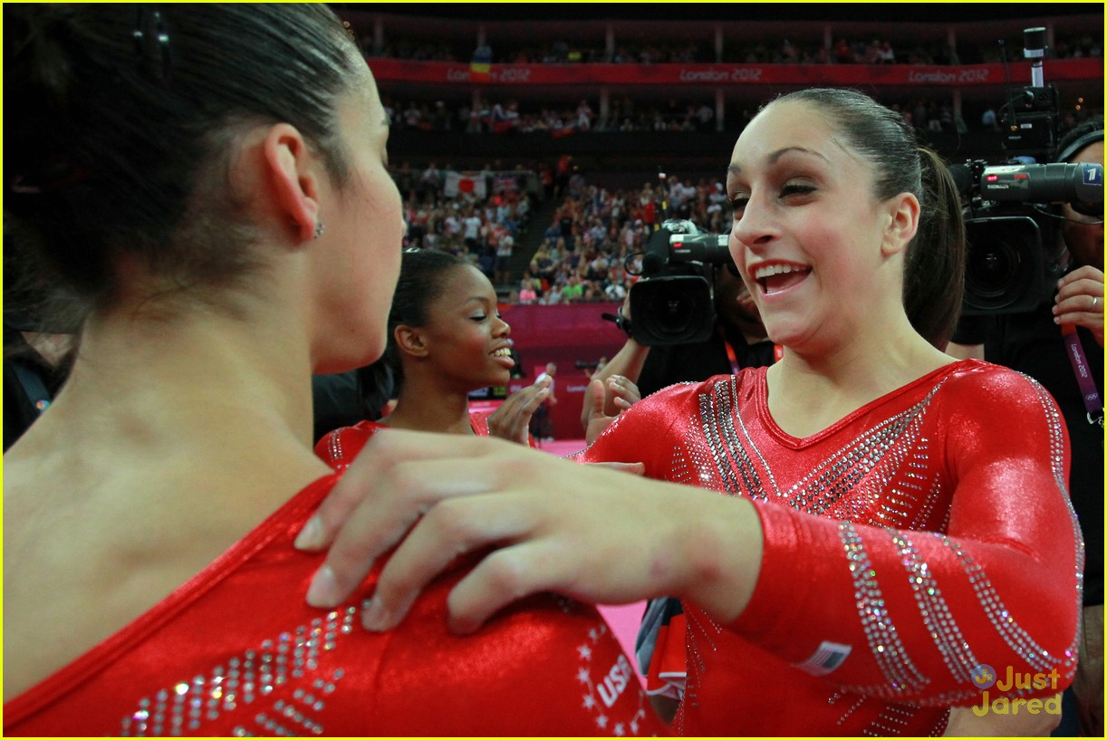 us gymnasts win gold 12