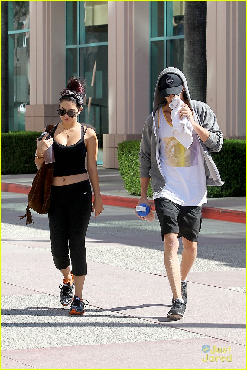 vanessa hudgens work out austin 06