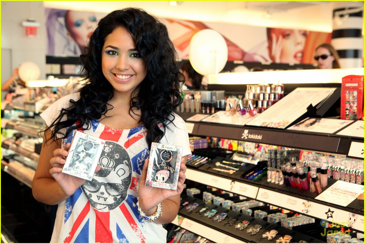 jasmine v tokidoki launch sephora 11