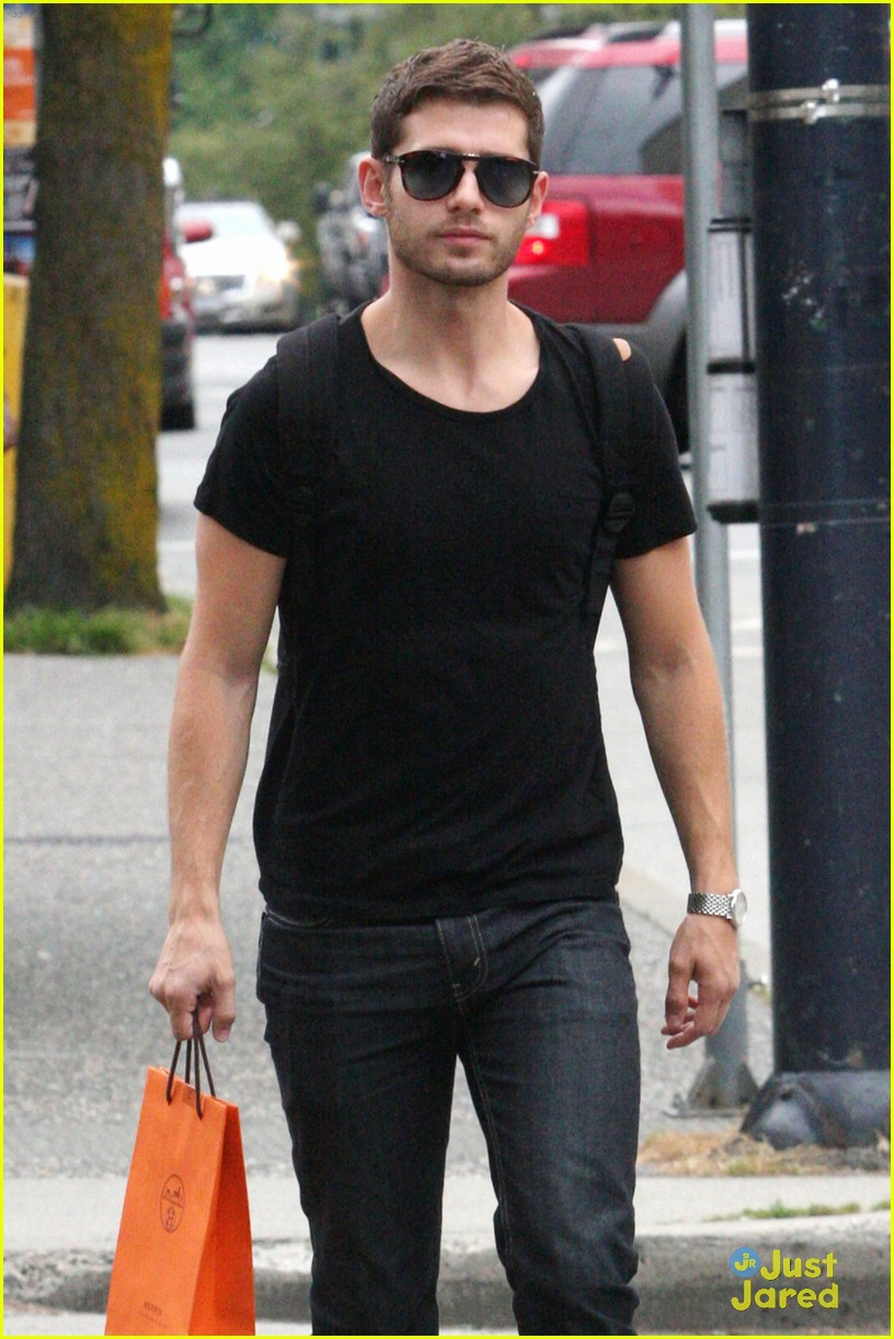 julian morris shopping vancouver 02