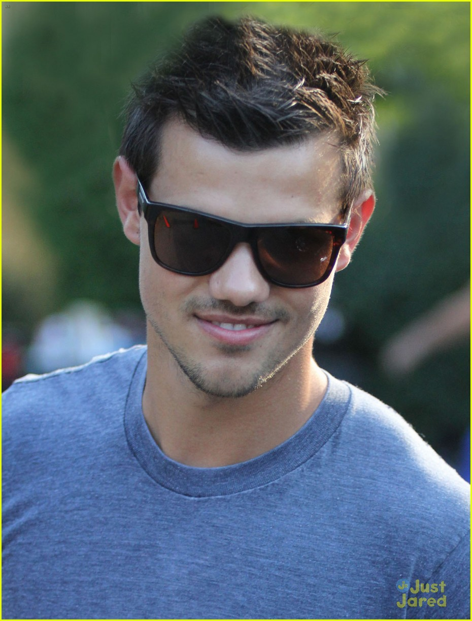 lautner grown up 03