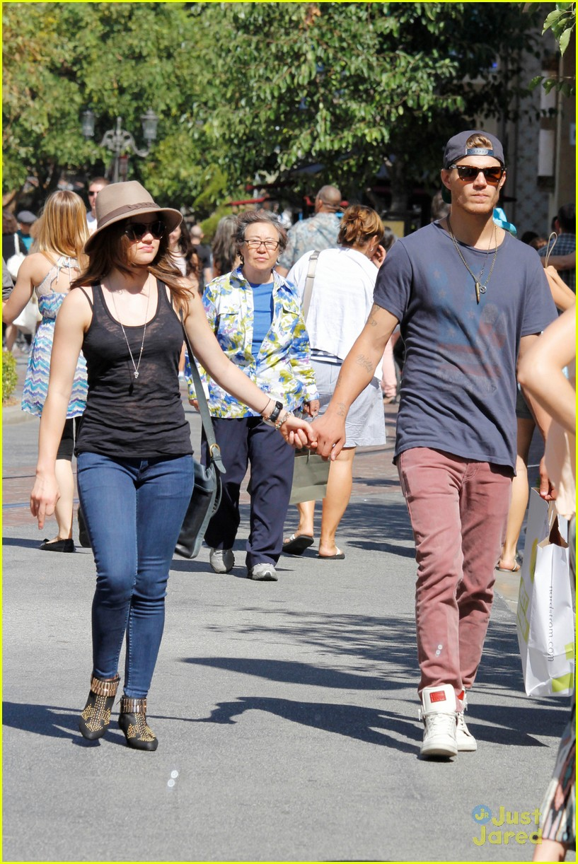 lucy hale chris zylka grove 09