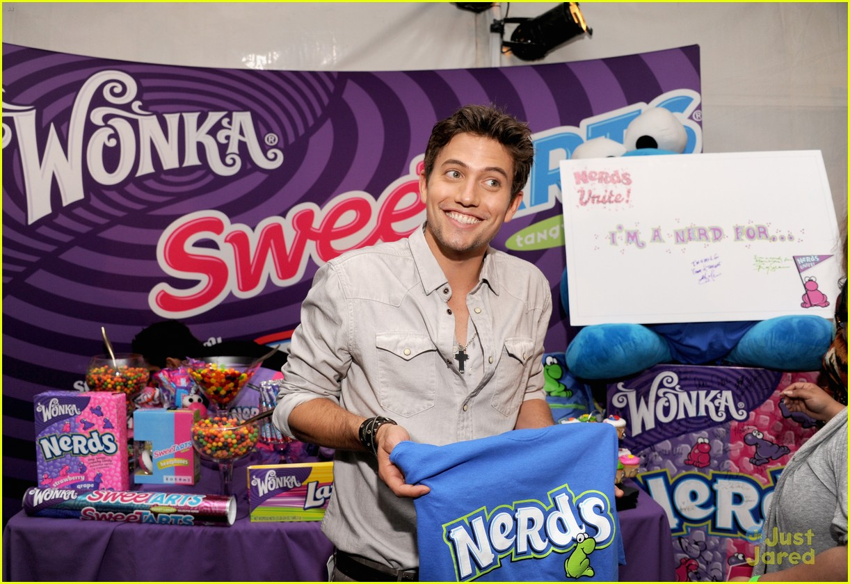 nikki reed jackson rathbone backstage creations 13