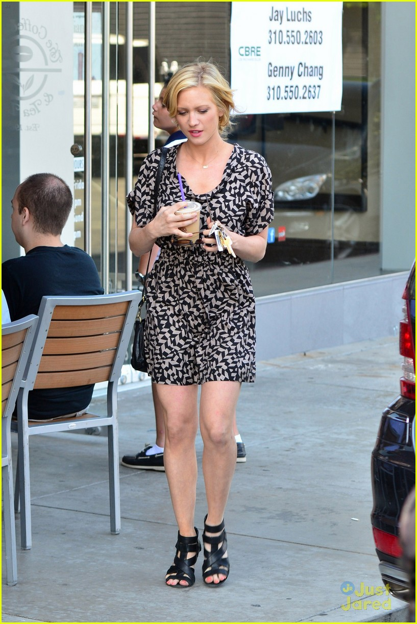 brittany snow coffee bean 04