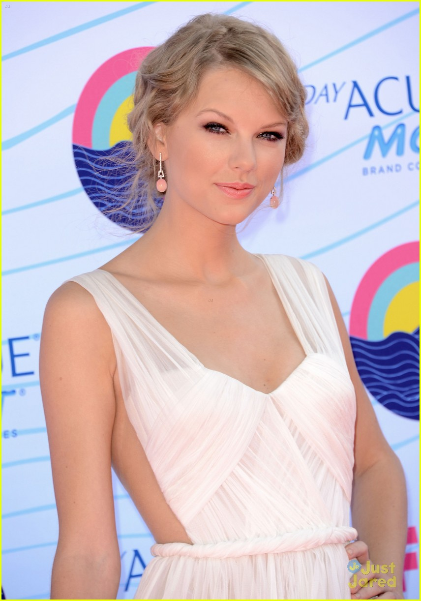 taylor swift tcas 2012 04