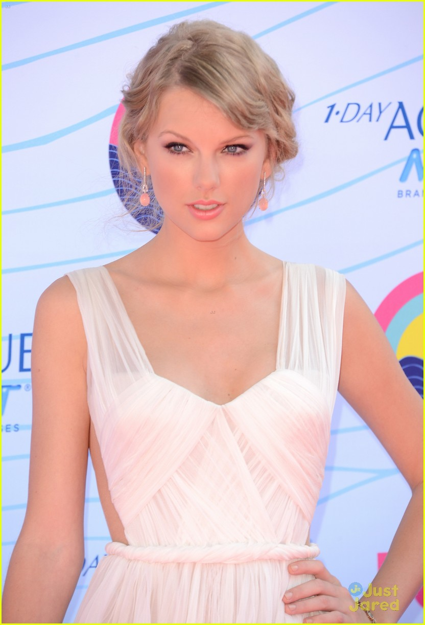 taylor swift tcas 2012 06