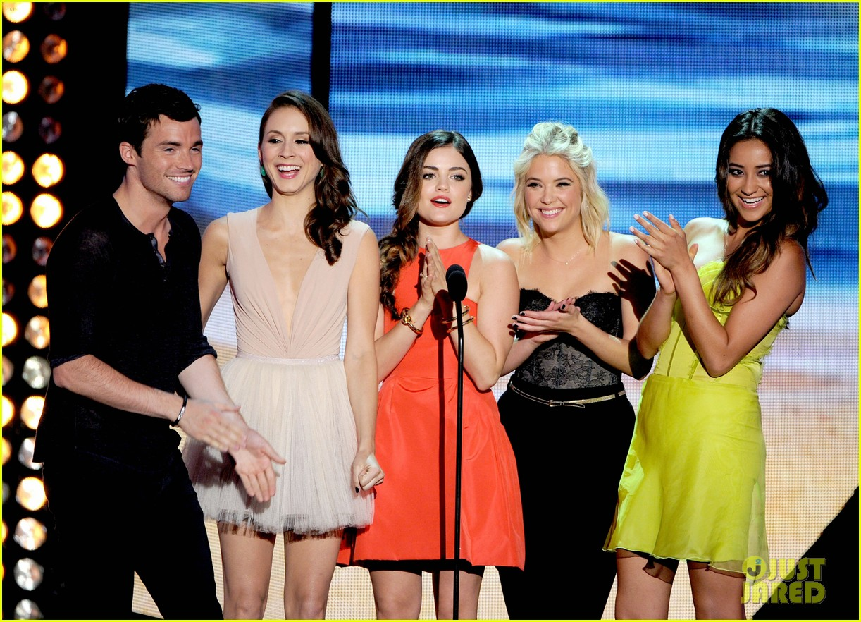 ashley benson teen choice awards 2012 02