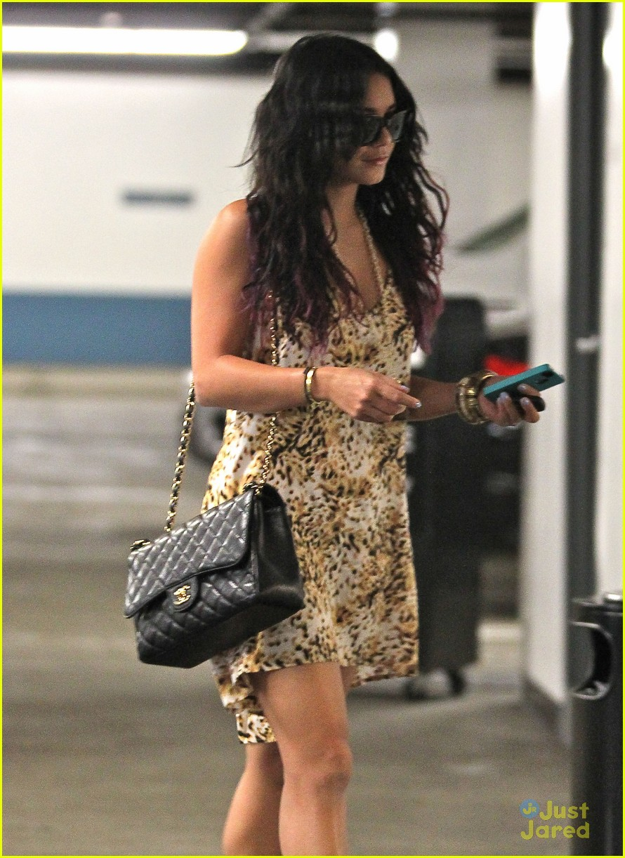 vanessa hudgens la meeting 07