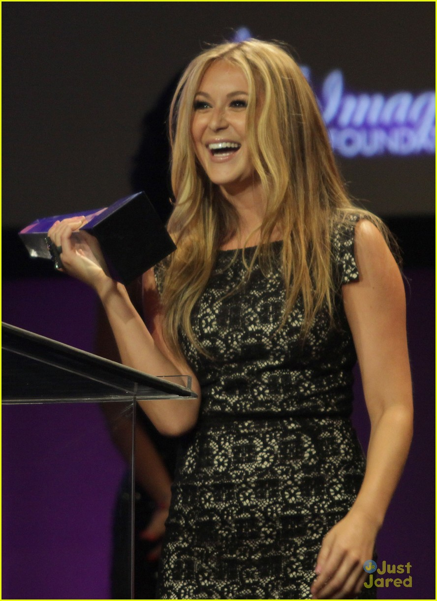 alexa vega imagen awards winner 04