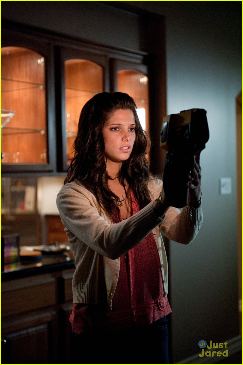 ashley greene tom felton apparition stills 14
