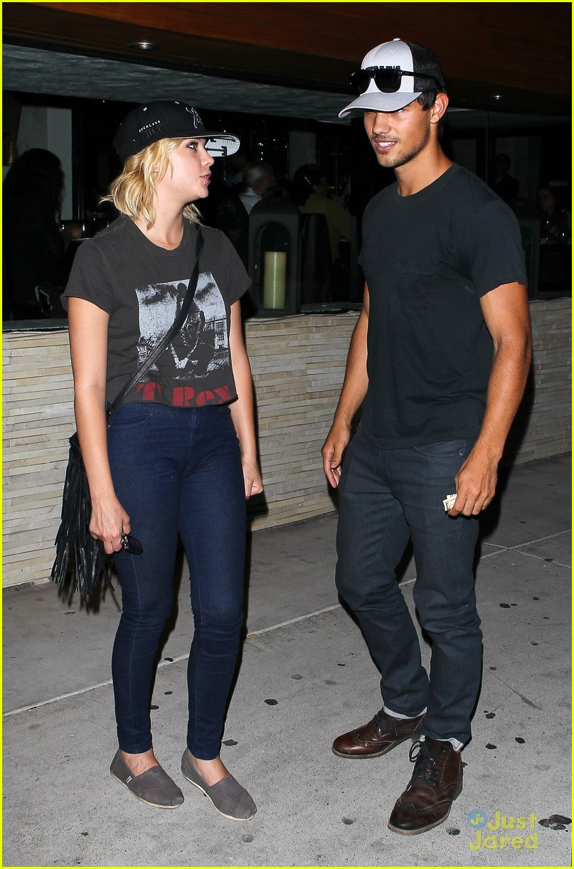 ashley benson taylor lautner red o 05