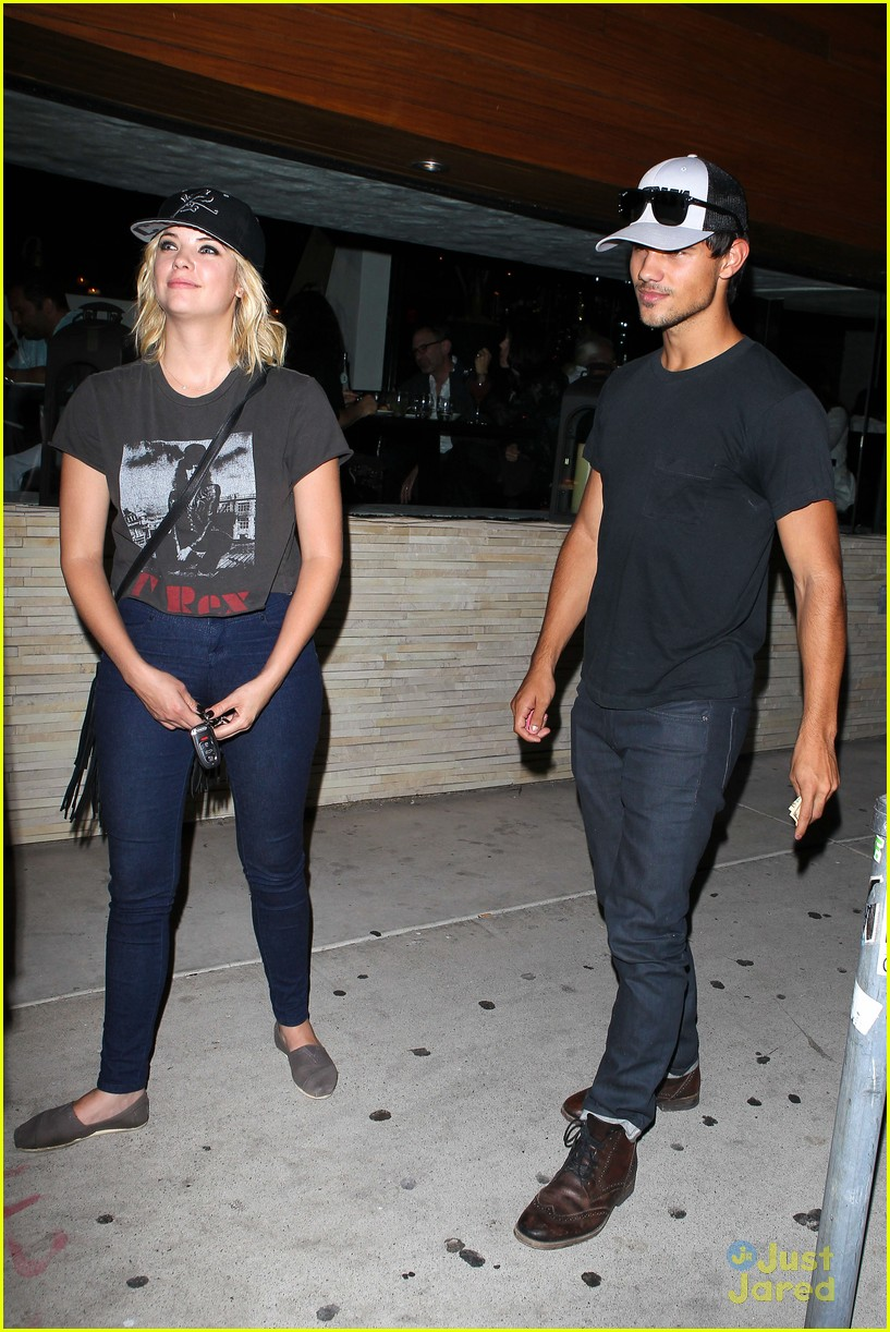 ashley benson taylor lautner red o 06