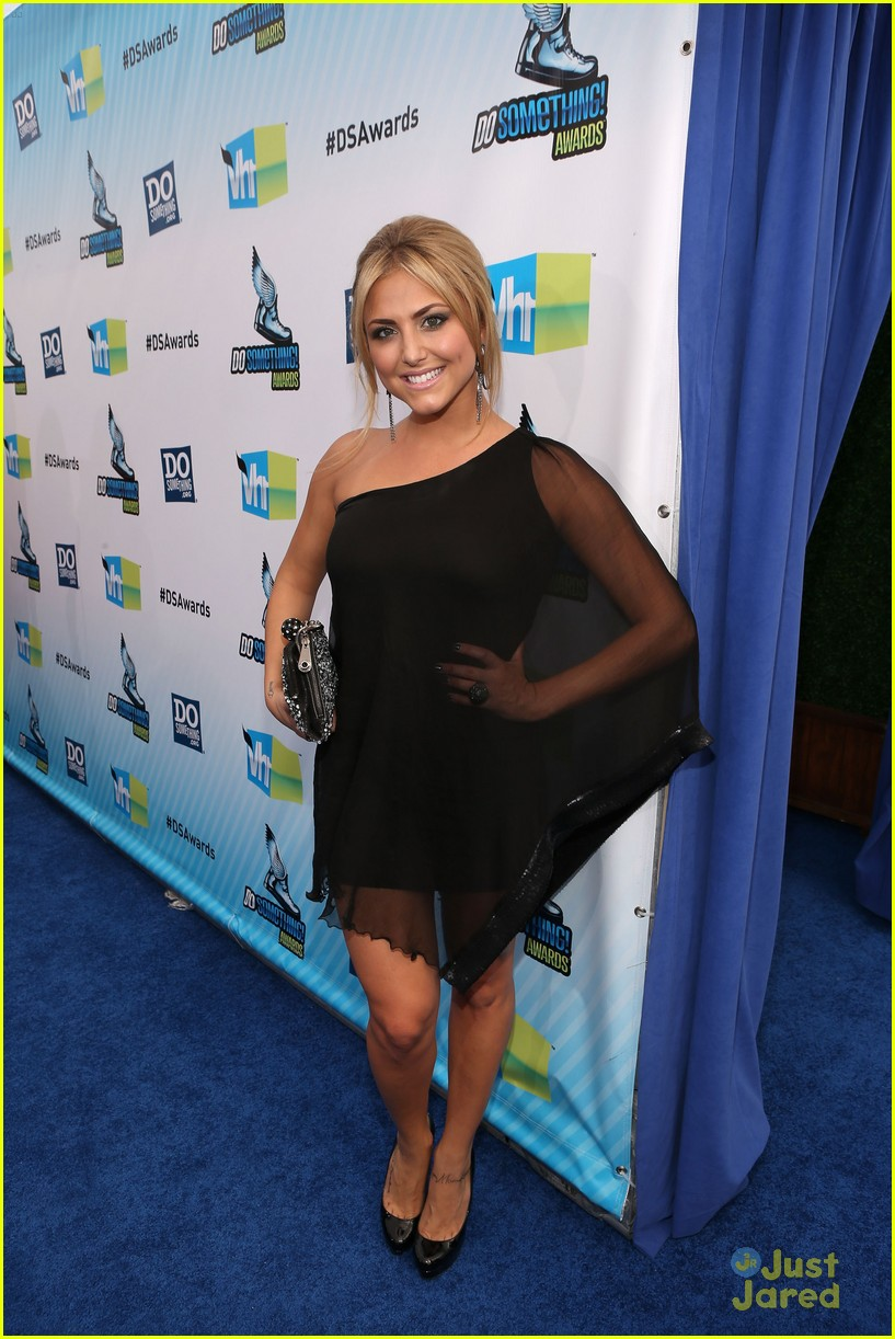 cassie scerbo ds awards 05
