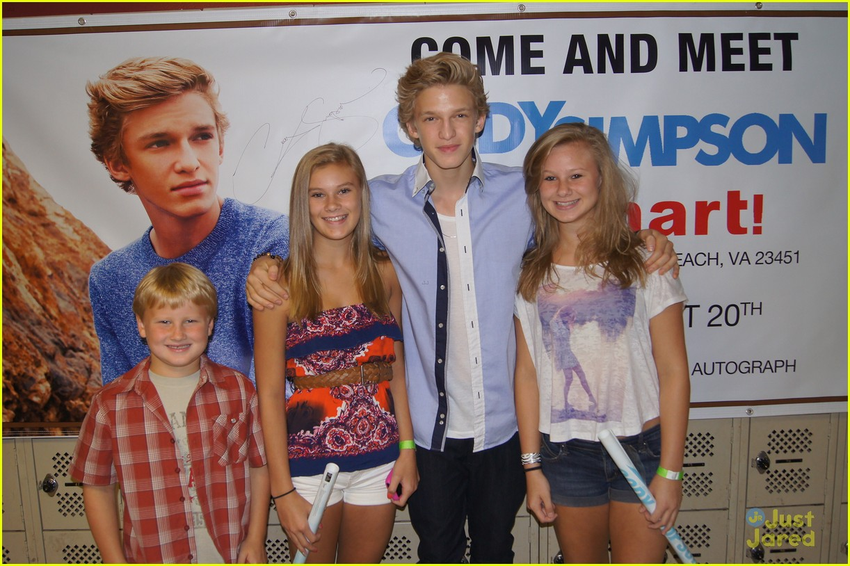 cody simpson kmart meet 01