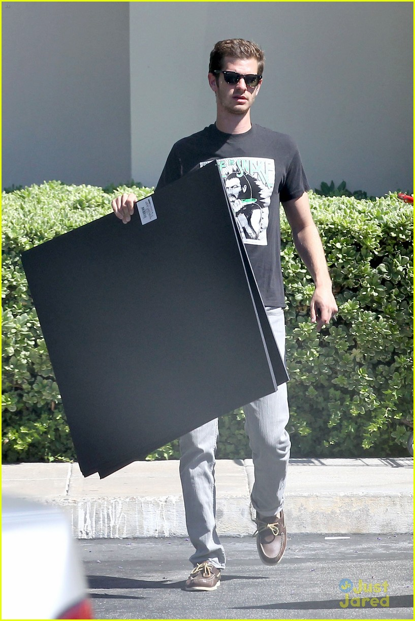 andrew garfield black board 08