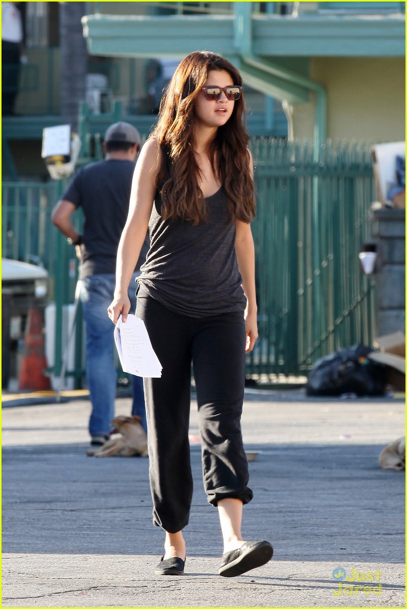 selena gomez hot day guidance 14