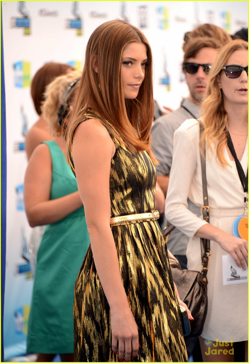 ashley greene ds awards 01