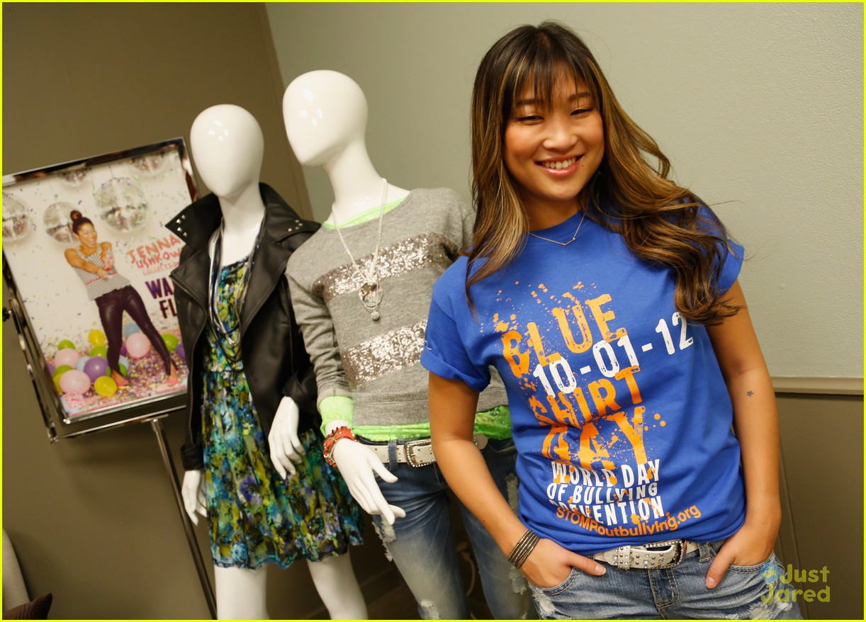 jenna ushkowitz wallflower show 02