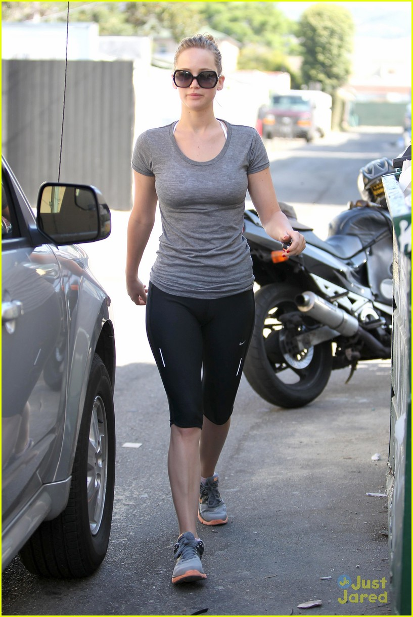 jennifer lawrence boxing gym 05