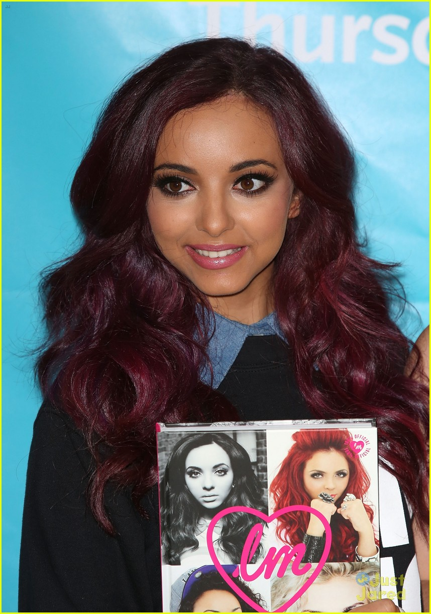 little mix book signing 07