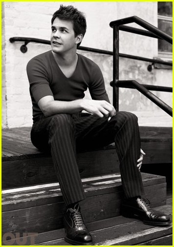 logan lerman out mag 06