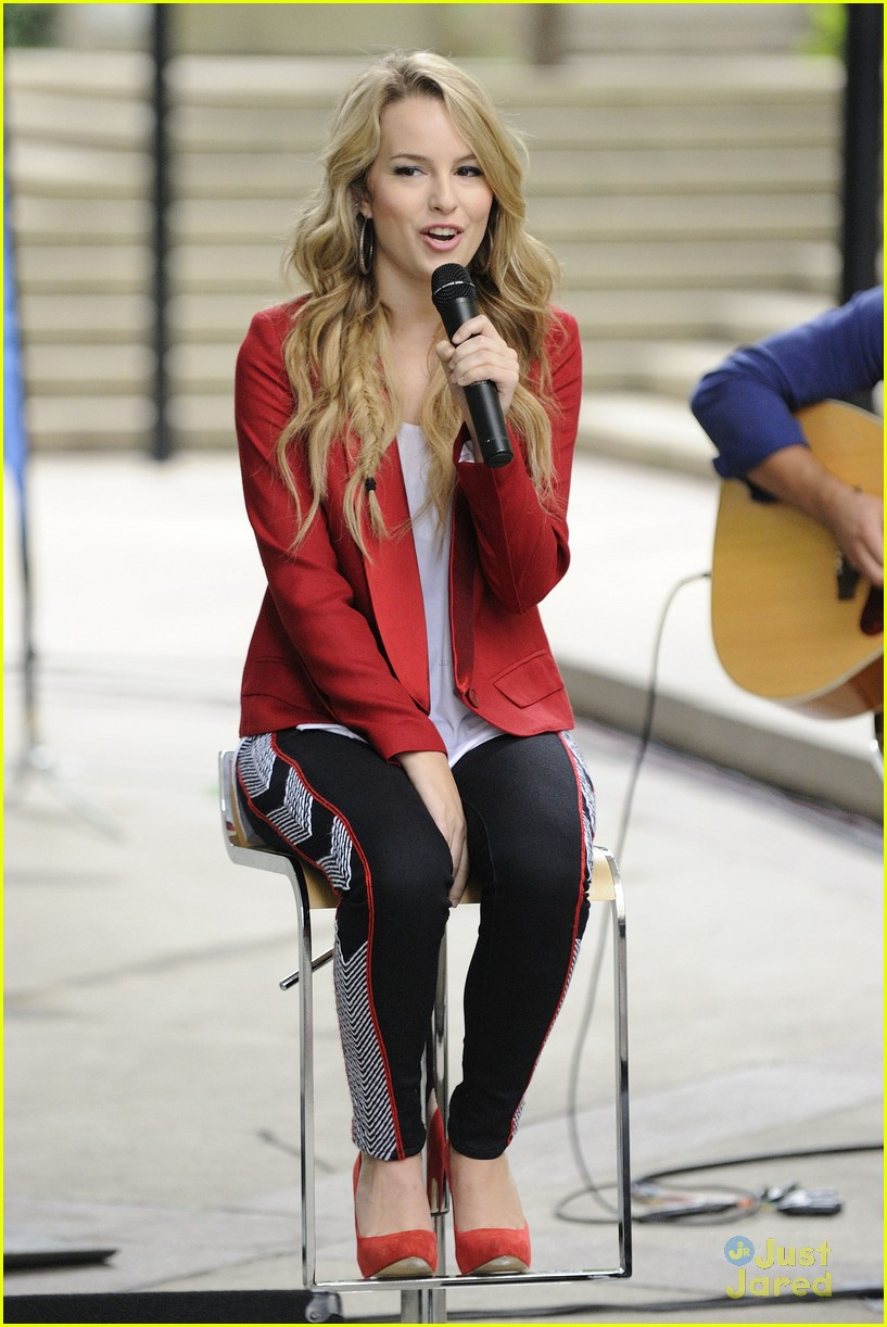 bridgit mendler morning show toronto 14