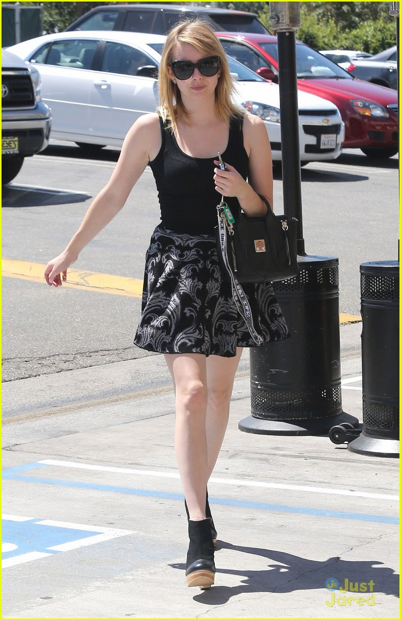 emma roberts day spa 06